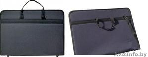 ПРОДАМ компьютерный стол, аквариум (грунт, очиститель), одежду, сумка для бумаг. - Изображение #8, Объявление #1145144