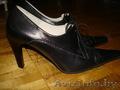 Продам женские туфли   и модные молодежные босоножки