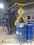 Захват для перемещения 200 литровых бочекк